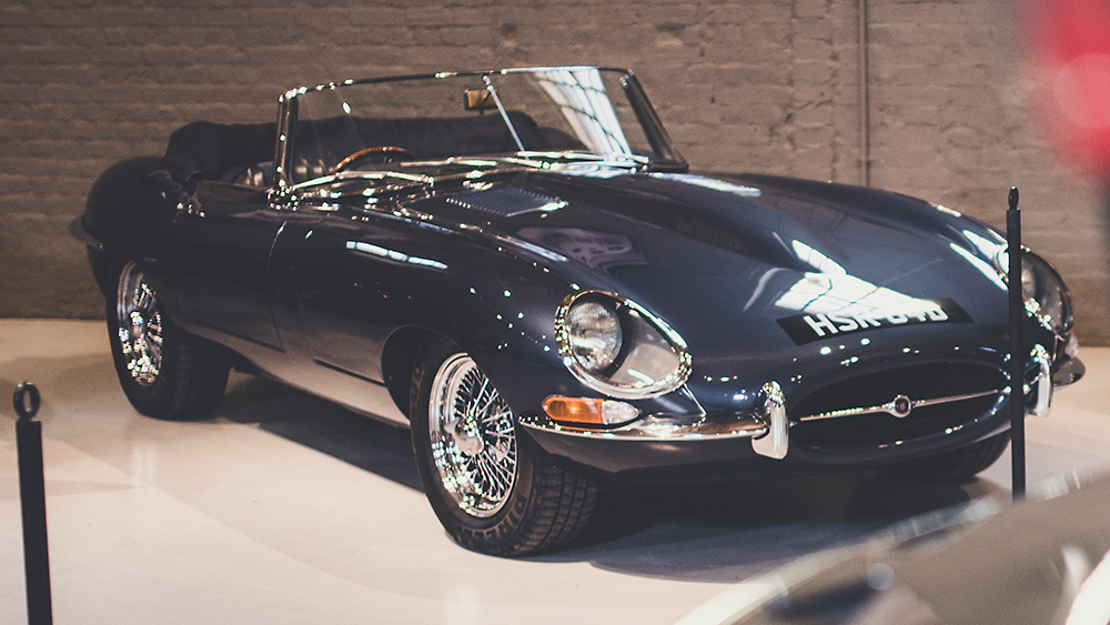 EVENTS Cars e type 1000px x 563px